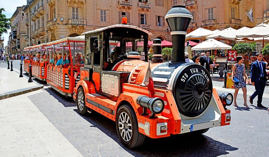 Funtrain nissan 190 - Citytrain, sightseeingtrain,
